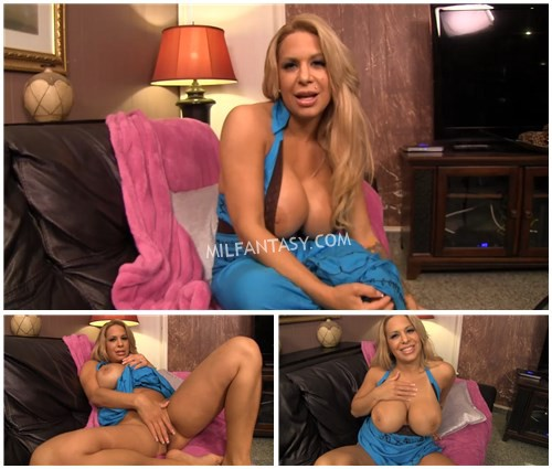 alyssa-lynn-jacking-it-to-my-girlfriends-hot-mom