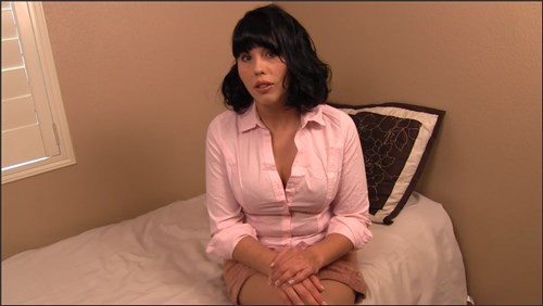 Amber Chase - Cumming for my stepmom