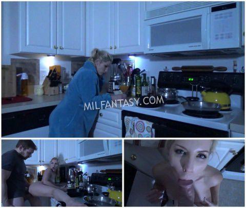 Ashley Fires - Mommys little helper part 2 - In the dark - milfantasy.com