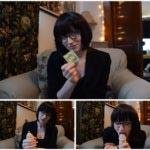 Bettie Bondage – Condom How-To Handjob
