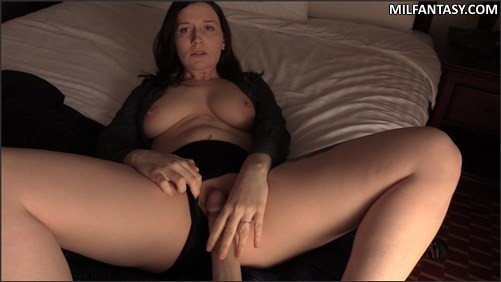 Bettie Bondage - Intimacy Exercises With Mom