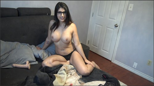 Brooke Woods - Mommy Helps You With Your Throbbing Cock