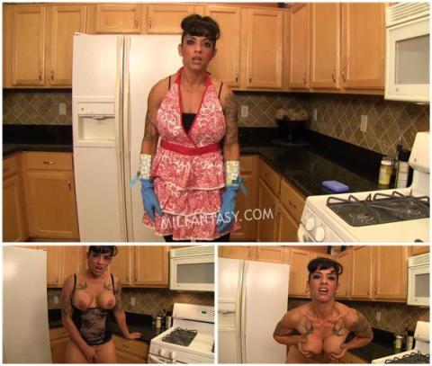 Dani Dupree - Stepmom kitchen apron fun