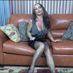 Goldie Blair – Aunties stocking tease