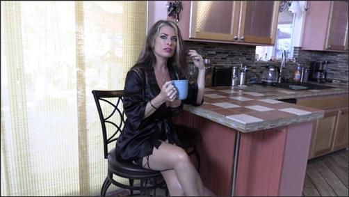 Goldie Blair - Taboo Kitchen Sex