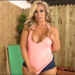 Kellie O'Brian – MILF Next Door