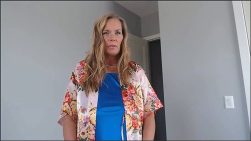 Kimi The Milf Mommy - Dr Mommy is Here