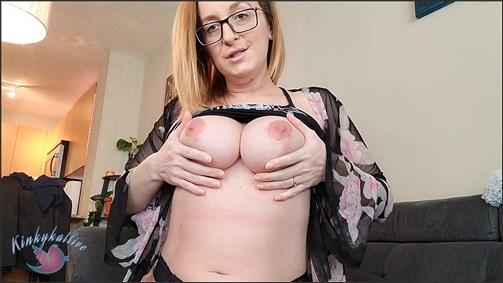Kinkykatlive - Mutual Masturbation With Mommy