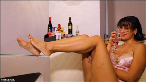 Penny Barber - Mini Bar Makes Mommy Too Horny