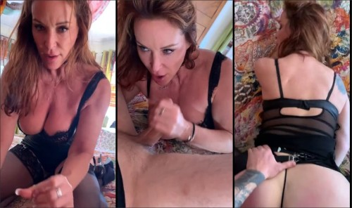 Rachel Steele - Quarantined Mom