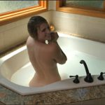 Xev Bellringer – Bathtime With Mommy